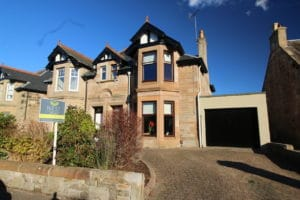 9, Abbotsgrange Road, Grangemouth, FK3 9JD